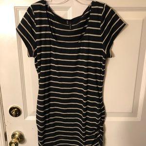 Womens Size M SS Top Black/Brown Stripe
